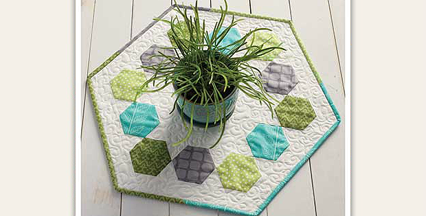 Merry-Go-Round Hexagon Table Topper Pattern