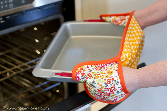 Double Pot Holder with Hand Pockets Tutorial