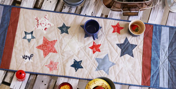 Sparkler Table Runner Tutorial