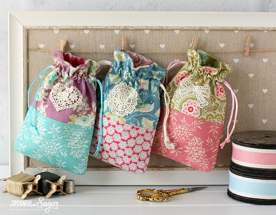Retro Drawstring Bags Tutorial