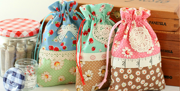 Retro Drawstring Bags Tutorial