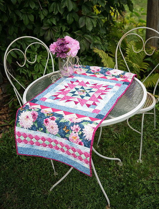 Garden Star Medallion Table Runner Pattern