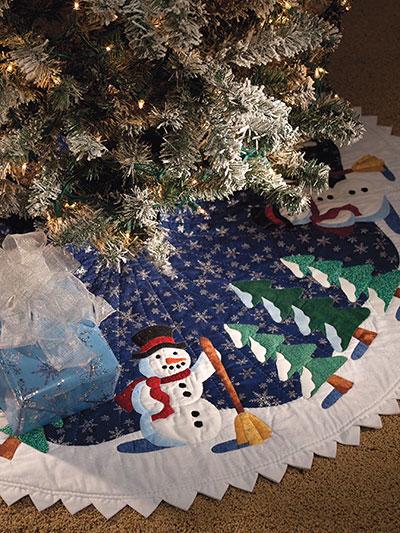 Friendly Snowman Tree Skirt Pattern