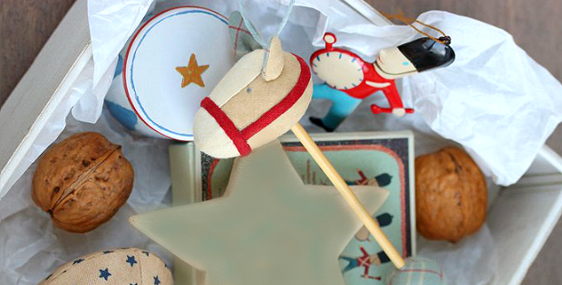 Hobby Horse Ornament Pattern