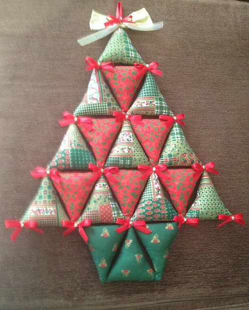 Stuffed Bunting Christmas Tree