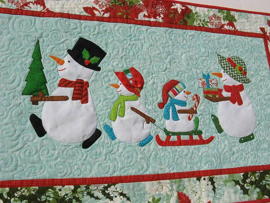 Snow Family Holiday Wall Hanging Pattern