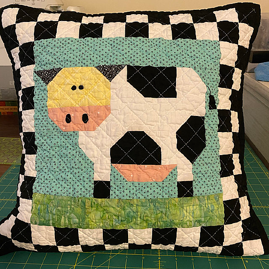 Patchwork Cow Mug Rug and Blocks Pattern