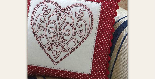 Redwork Heart Cushion Pattern