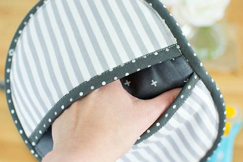 Patchwork Potholder with Pockets
