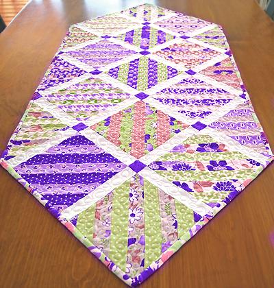 Slice of Cake Table Runner Pattern