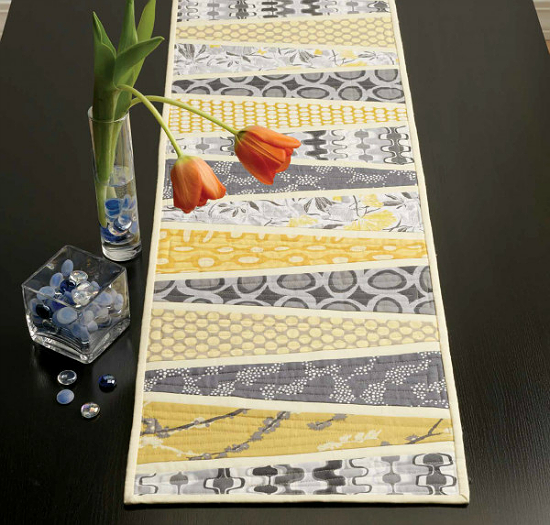 Reflected Wedges Table Runner Pattern