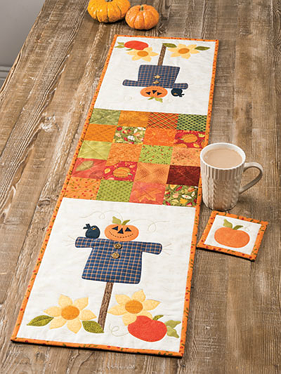 Friendly Scarecrow Table Runner Pattern