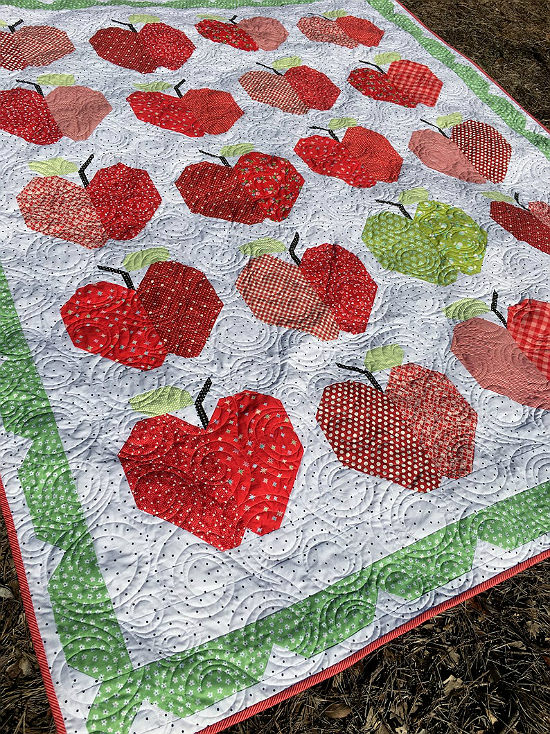 Red Delicious Apple Quilt Pattern