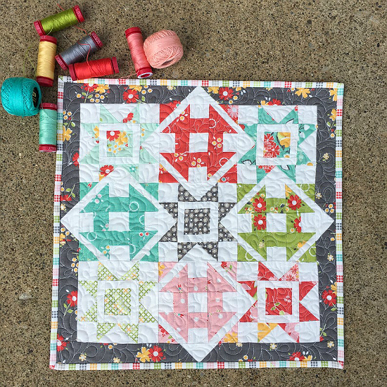 Mini Dashing Quilt Pattern