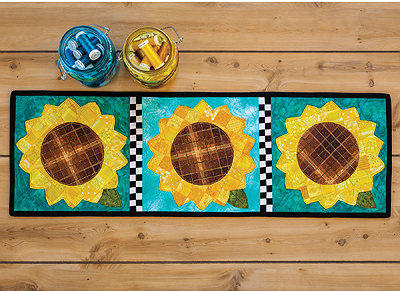 Patchwork Accent Table Runner - Sunflowers Pattern