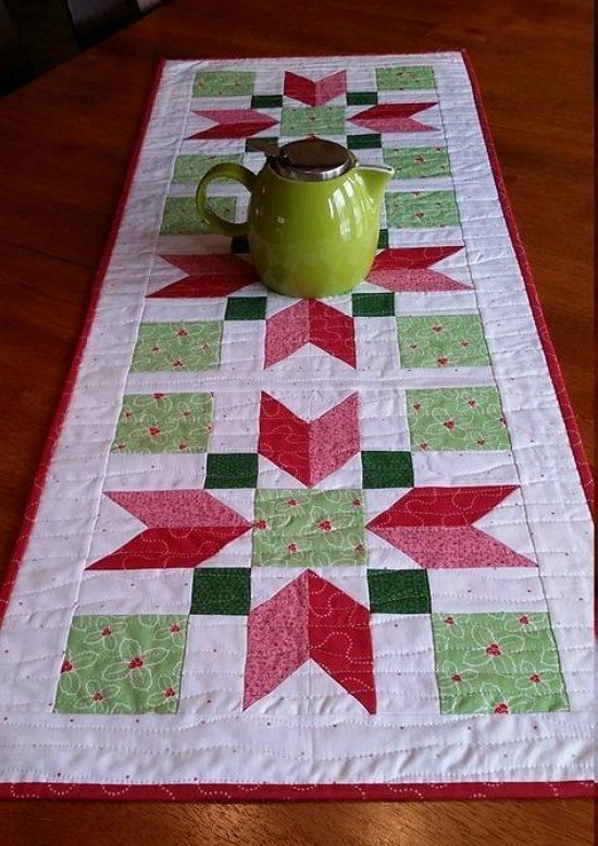 Christmas Poinsettia Quilt Block Pattern