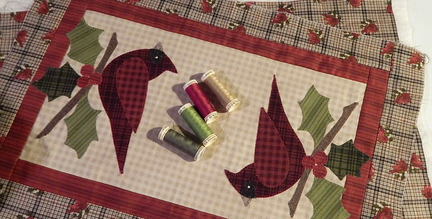 Happy Cardinal Table Runner & Pillow Pattern