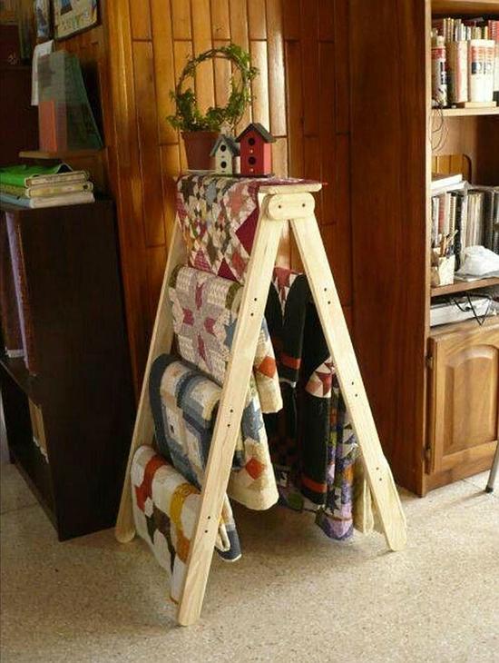 DIY Quilt Stand