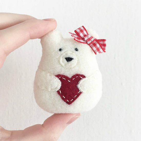 Sweetheart Bear Christmas Ornament Pattern
