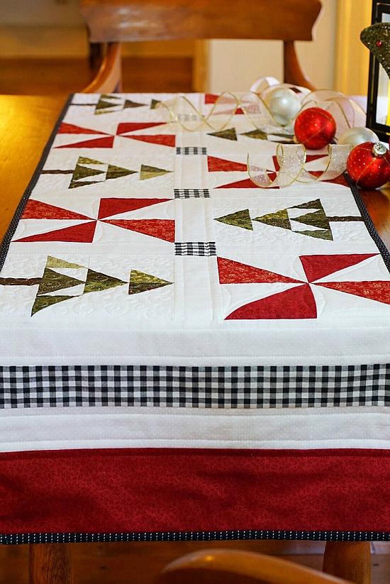 Evergreen Table Runner Pattern