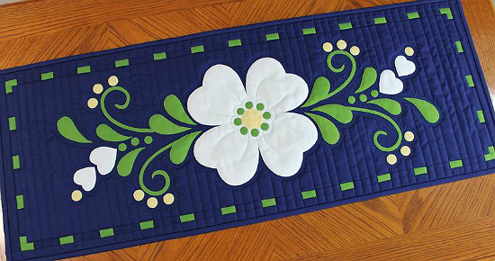 Spring Fling Table Runner Pattern