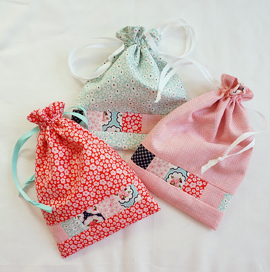 Posy Garden Lined Drawstring Bag Tutorial
