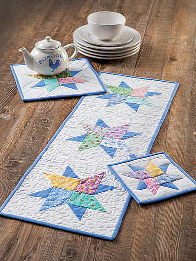 Floating Stars Table Set Pattern