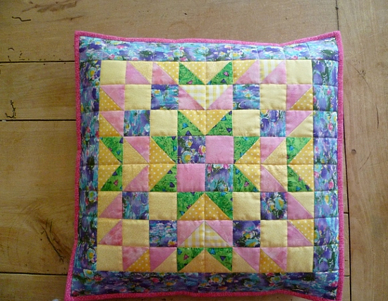 Summer Star Mini Quilt Pattern