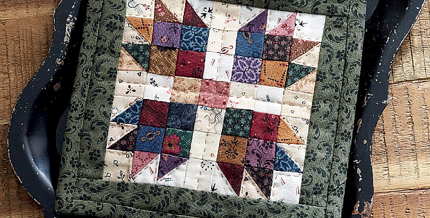 """Vintage Patchwork: A Dozen Small Projects from One Bundle of 10"""" Squares by Pam Buda"""
