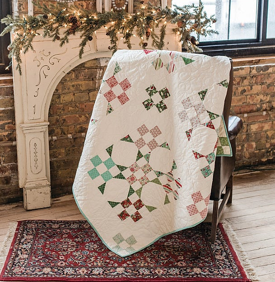 Mistletoe Magic Throw Quilt and Pillow Pattern