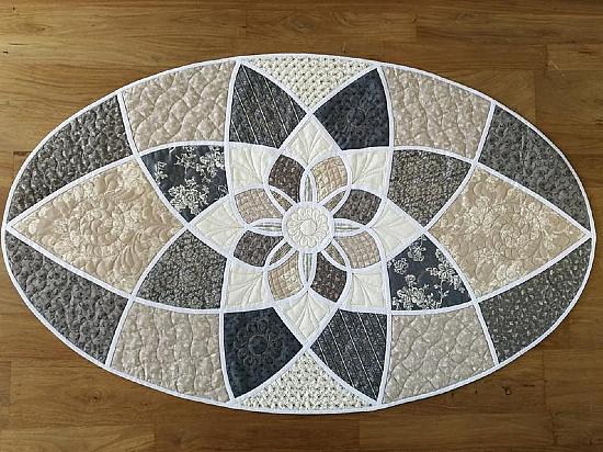 Sunny Dream Table Runner Pattern