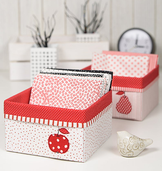 Fabric Baskets with Applique Pattern