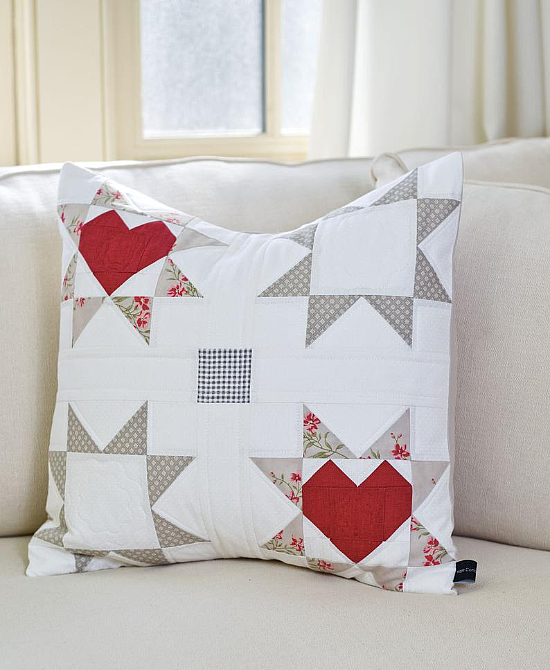 Love & Wishes Table Runner and Pillow Pattern