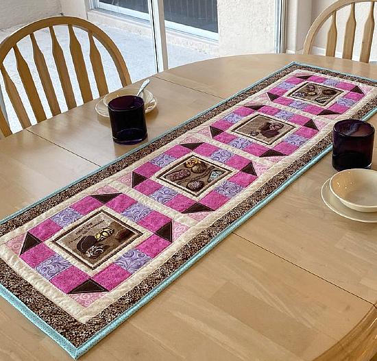 Fancy Windows Table Runner Pattern