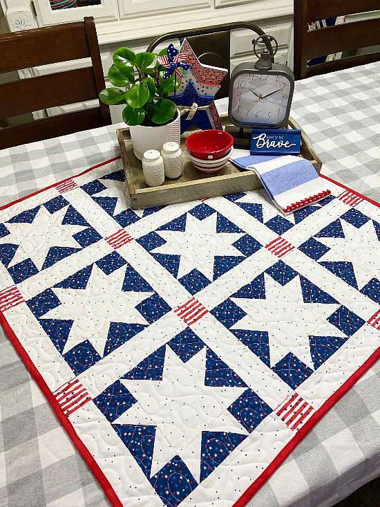 Luminescent Table Topper Pattern