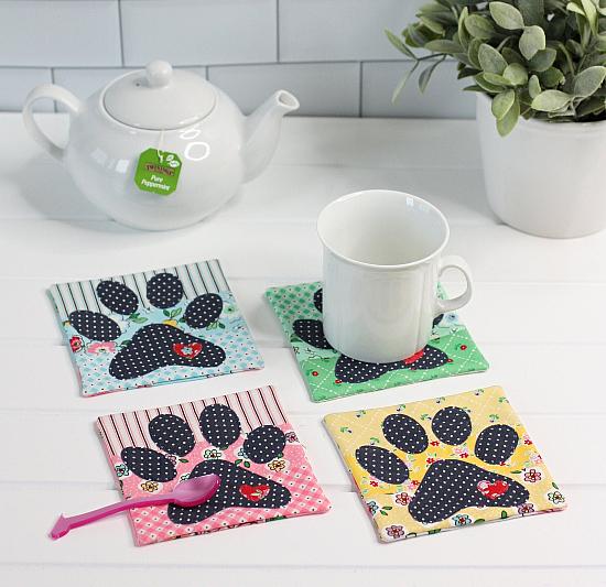 Dog Paw Coaster Mugrug Pattern