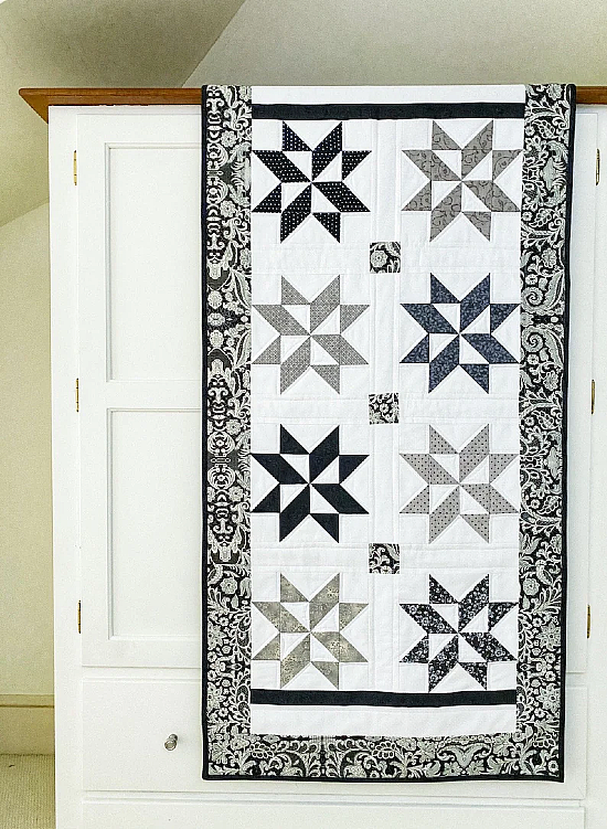 Stylish Star Puzzle Quilt Pattern