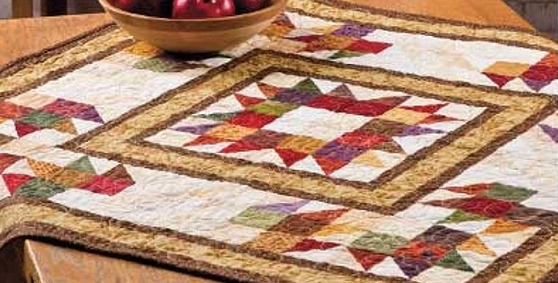 Surrounding the Bear Table Topper Pattern