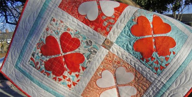 Flirtatious Hearts Table Topper and Pincushions