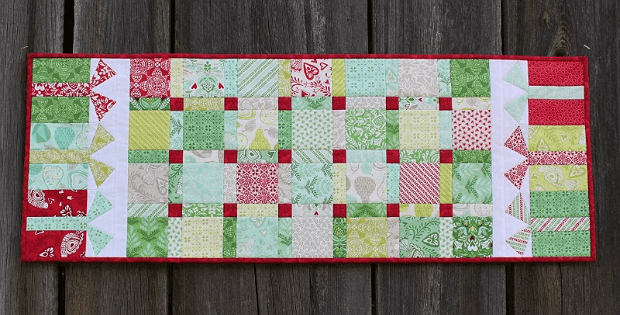 Boxes and Bows Table Runner
