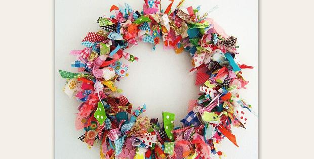 No-Sew Fabric Wreath