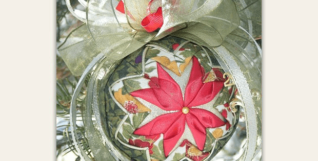 No-Sew Quilted Flower Christmas Ornament