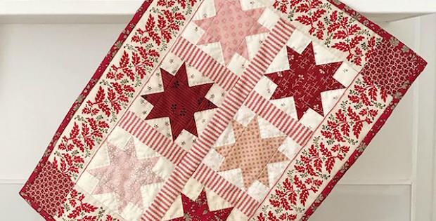 Petite Christmas Stars Mini Quilt Pattern