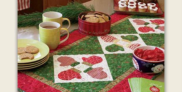 S'mittens Table Runner Pattern