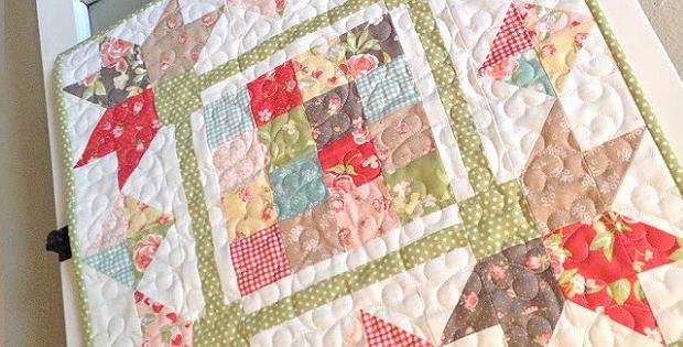 Picking Petals Mini Quilt Pattern