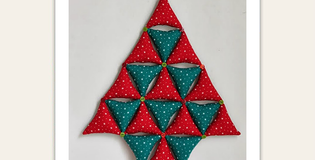 Stuffed Bunting Christmas Tree