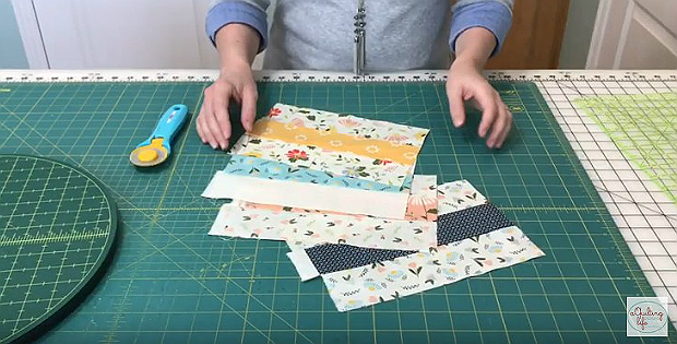Cut Strips Sets More Quickly with This Clever Tip