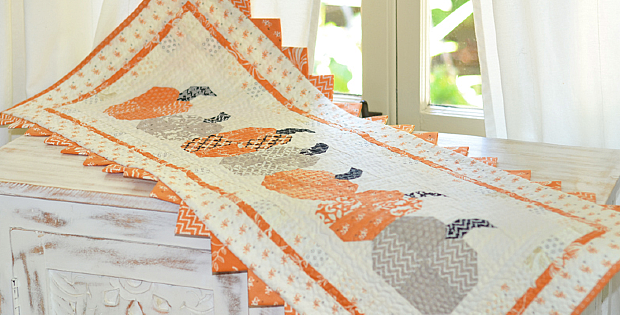 Pumpkins in a Row Table Runner Pattern